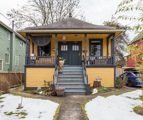 Main Photo: 1754 GRAVELEY Street in Vancouver: Grandview VE House for sale (Vancouver East)  : MLS® # R2138108