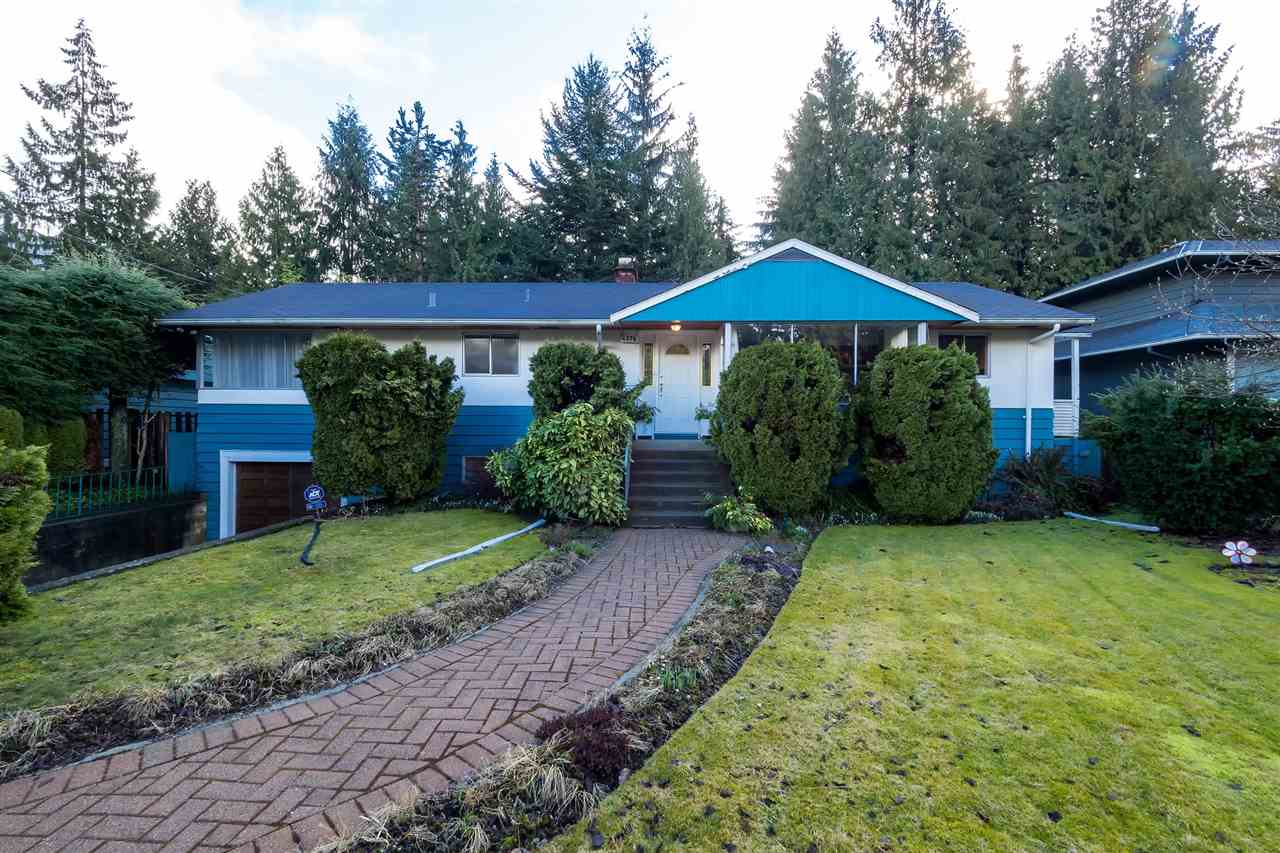 Main Photo: 4376 ARUNDEL Road in North Vancouver: Forest Hills NV House for sale : MLS(r) # R2143629