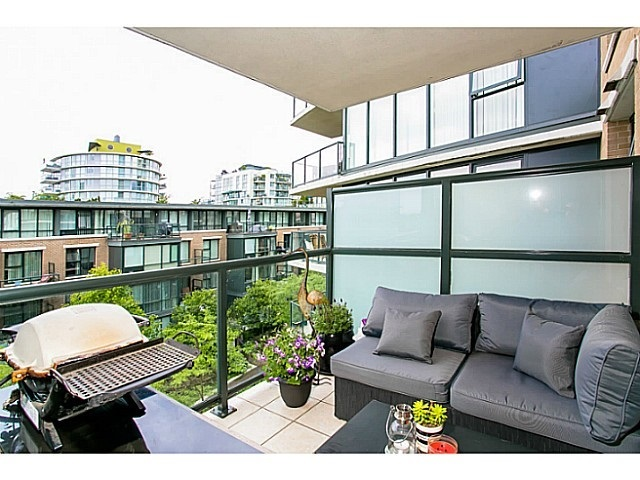 Photo 9: 315 1483 7TH AVENUE in Vancouver West: Home for sale : MLS® # R2066148