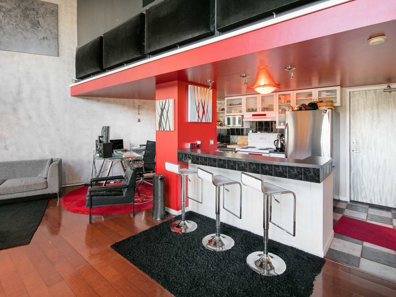 "Photo 3: 407 22 E CORDOVA Street in Vancouver: Downtown VE Condo for sale in ""Van Horne"" (Vancouver East)  : MLS(r) # R2163829"