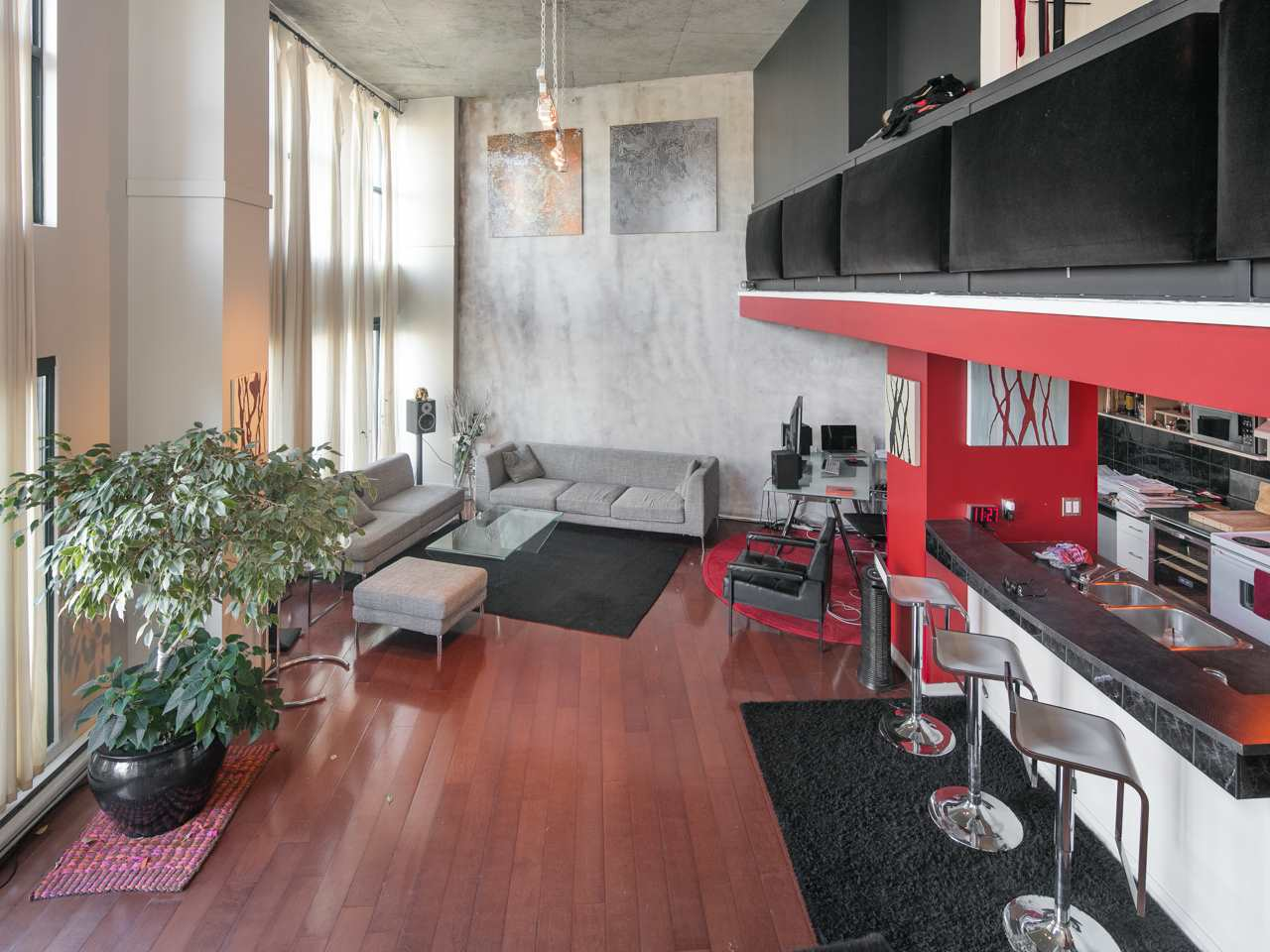 "Photo 5: 407 22 E CORDOVA Street in Vancouver: Downtown VE Condo for sale in ""Van Horne"" (Vancouver East)  : MLS® # R2163829"