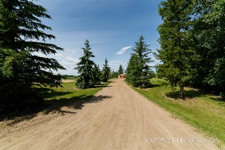 Main Photo: 27518 TWP RD 510: Rural Parkland County House for sale : MLS(r) # E4069916