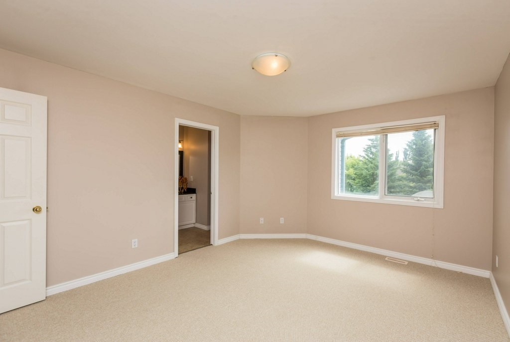 Photo 16: 1 OAKDALE Place: St. Albert House for sale : MLS(r) # E4071458