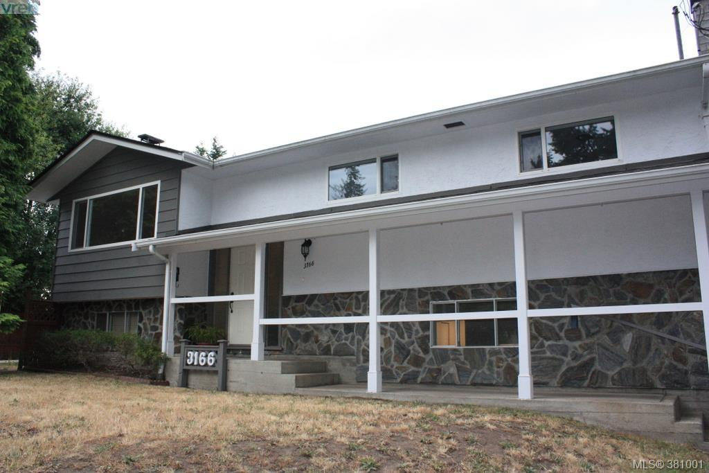 Main Photo: 3166 Anders Road in VICTORIA: La Glen Lake Single Family Detached for sale (Langford)  : MLS® # 381001
