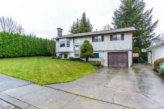 Main Photo: 35187 PIERCE Terrace in Abbotsford: Abbotsford East House for sale : MLS® # R2223926