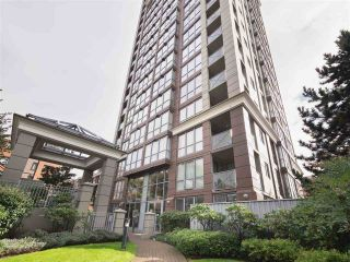 "Main Photo: 1503 850 ROYAL Avenue in New Westminster: Downtown NW Condo for sale in ""THE ROYALTON"" : MLS® # R2231299"