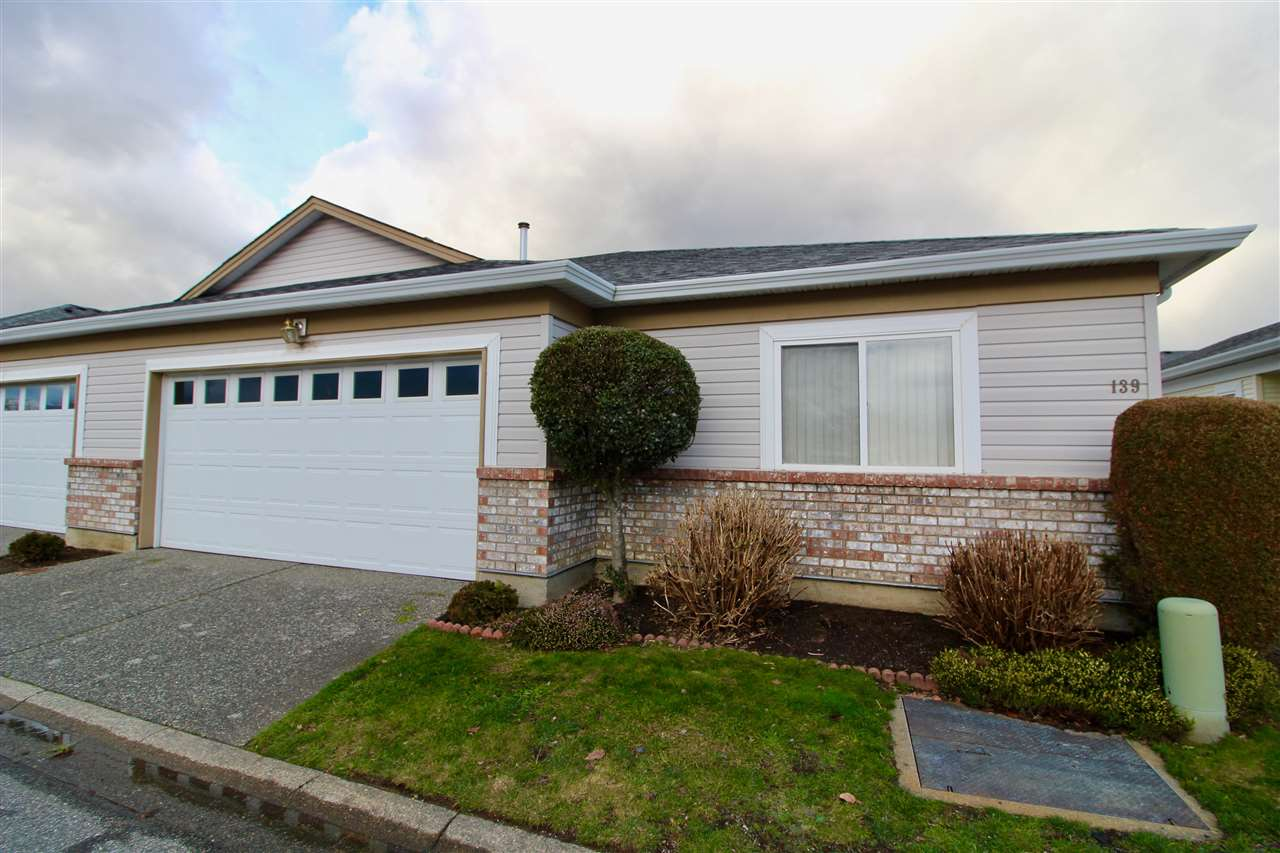 "Photo 1: Photos: 139 8485 YOUNG Road in Chilliwack: Chilliwack W Young-Well House 1/2 Duplex for sale in ""HAZELWOOD GROVE"" : MLS® # R2234130"