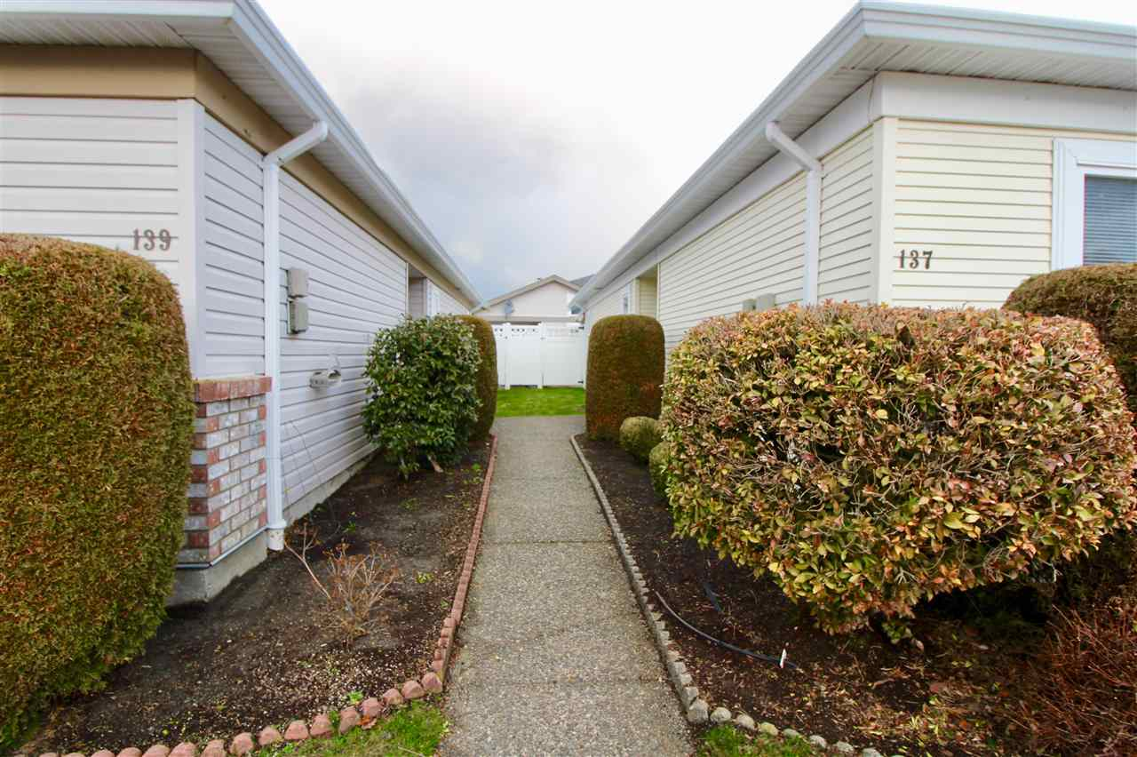"Photo 3: Photos: 139 8485 YOUNG Road in Chilliwack: Chilliwack W Young-Well House 1/2 Duplex for sale in ""HAZELWOOD GROVE"" : MLS® # R2234130"