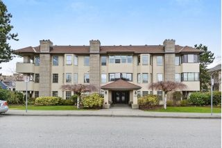 Main Photo: 104 1488 MERKLIN Street: White Rock Condo for sale (South Surrey White Rock)  : MLS®# R2249931