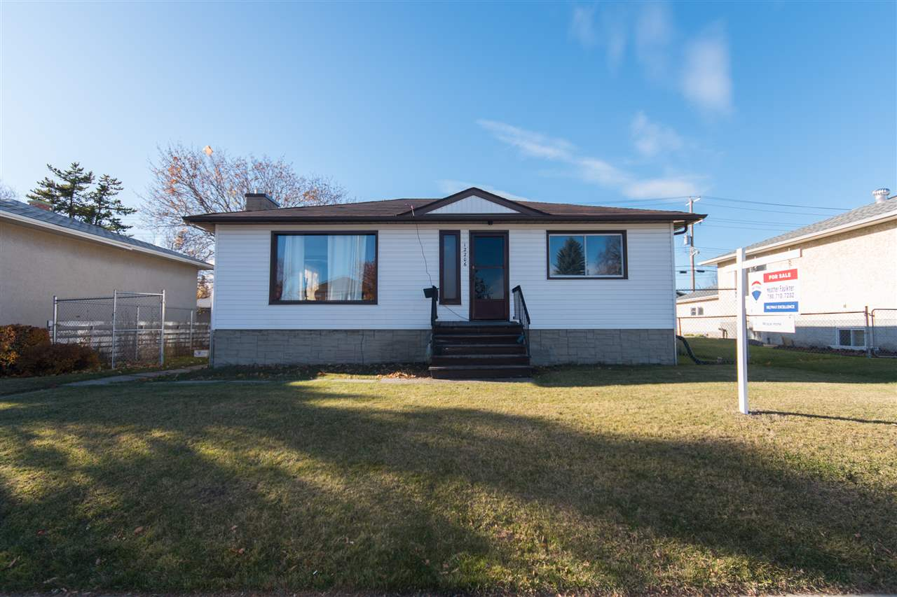 Main Photo:  in Edmonton: Zone 04 House for sale : MLS®# E4107130