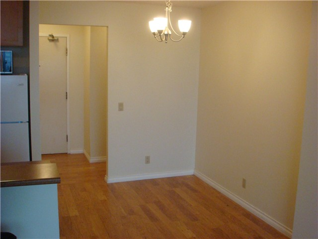 "Photo 7: 1502 3980 CARRIGAN Court in Burnaby: Government Road Condo for sale in ""DISCOVERY I"" (Burnaby North)  : MLS(r) # V921894"