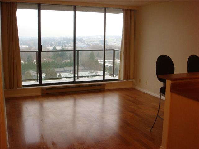 "Photo 6: 1502 3980 CARRIGAN Court in Burnaby: Government Road Condo for sale in ""DISCOVERY I"" (Burnaby North)  : MLS(r) # V921894"