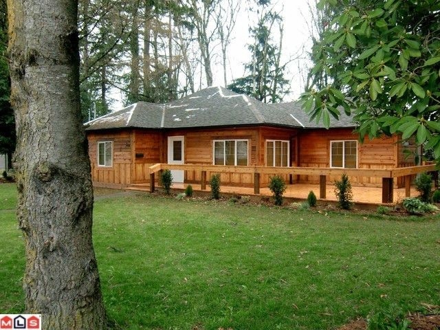 Main Photo: 2316 McKenzie Road in Abbotsford: House for sale : MLS®# F1127953