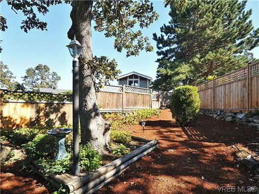 Photo 19: 1213 Cumberland Court in VICTORIA: SE Lake Hill Residential for sale (Saanich East)  : MLS® # 314956