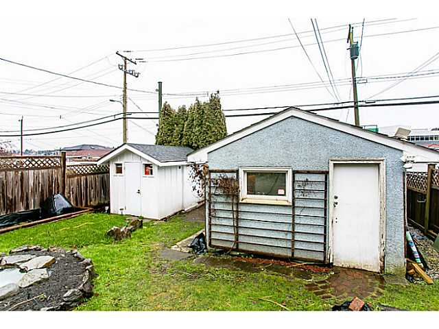 Photo 18: 3060 E 8TH Avenue in Vancouver: Renfrew VE House for sale (Vancouver East)  : MLS(r) # V1050531