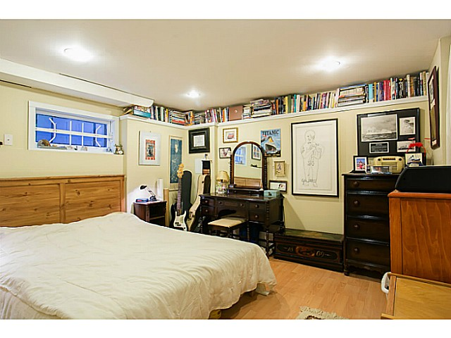 Photo 15: 3060 E 8TH Avenue in Vancouver: Renfrew VE House for sale (Vancouver East)  : MLS(r) # V1050531