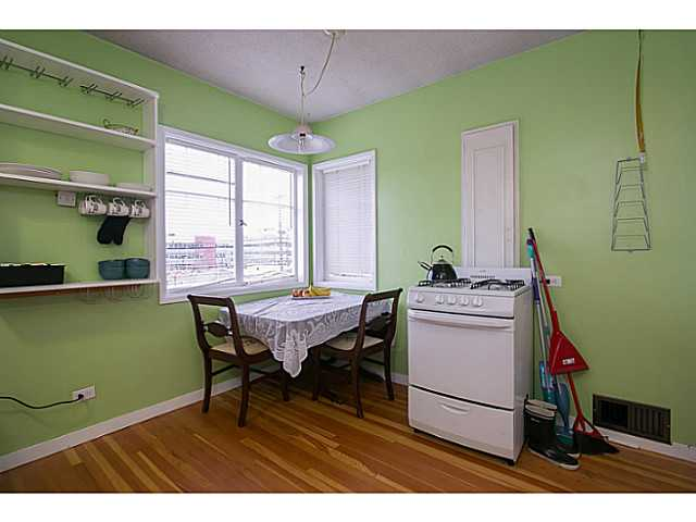 Photo 6: 3060 E 8TH Avenue in Vancouver: Renfrew VE House for sale (Vancouver East)  : MLS(r) # V1050531