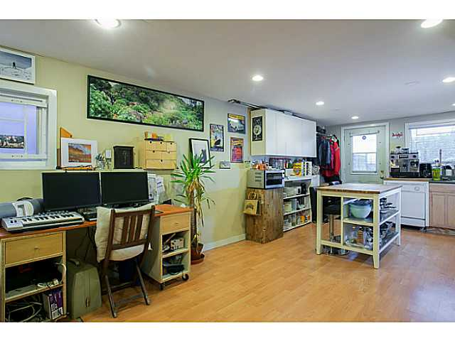 Photo 10: 3060 E 8TH Avenue in Vancouver: Renfrew VE House for sale (Vancouver East)  : MLS(r) # V1050531