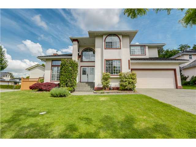 Main Photo: 18515 56A Avenue in Surrey: Cloverdale BC House for sale (Cloverdale)  : MLS®# F1412106