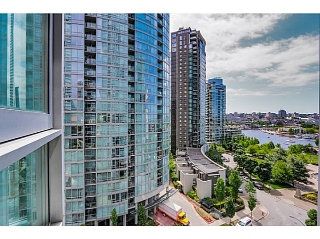 """Main Photo: 1106 1495 RICHARDS Street in Vancouver: Yaletown Condo for sale in """"AZURA II"""" (Vancouver West)  : MLS(r) # V1068799"""