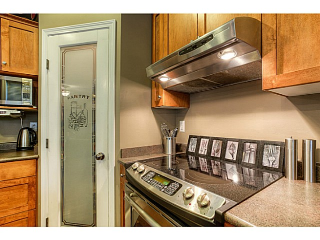 Photo 10: 33883 HOLLISTER Place in Mission: Mission BC House for sale : MLS(r) # F1427638