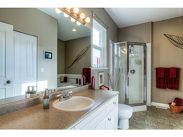 Photo 17: 33883 HOLLISTER Place in Mission: Mission BC House for sale : MLS(r) # F1427638