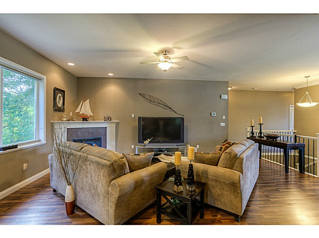 Photo 8: 33883 HOLLISTER Place in Mission: Mission BC House for sale : MLS(r) # F1427638