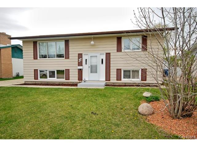 Main Photo: 27 Blue Spruce Crescent in WINNIPEG: St Vital Residential for sale (South East Winnipeg)  : MLS® # 1512368