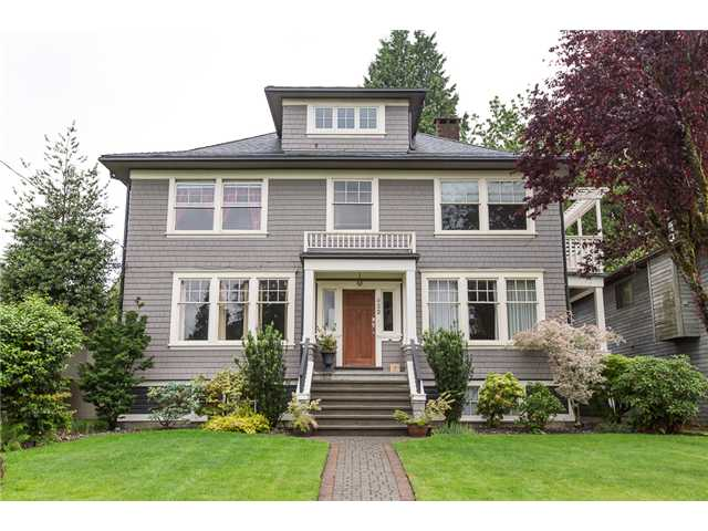 Main Photo: 922 FIFTH Street in New Westminster: GlenBrooke North House for sale : MLS® # V1126642