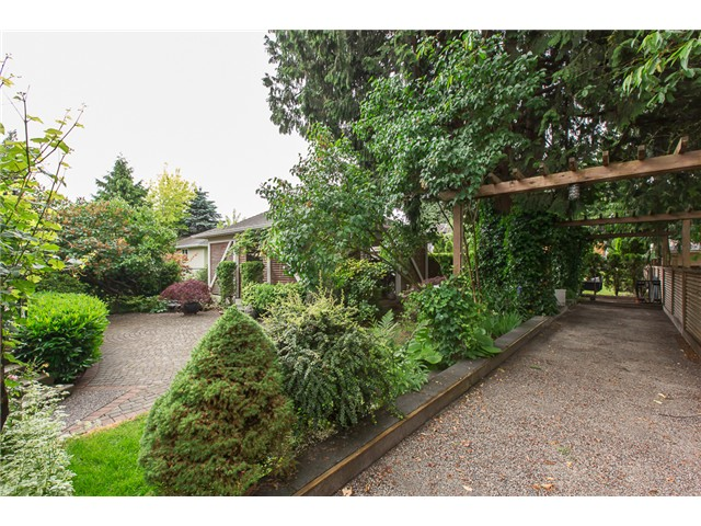 Photo 18: 922 FIFTH Street in New Westminster: GlenBrooke North House for sale : MLS(r) # V1126642
