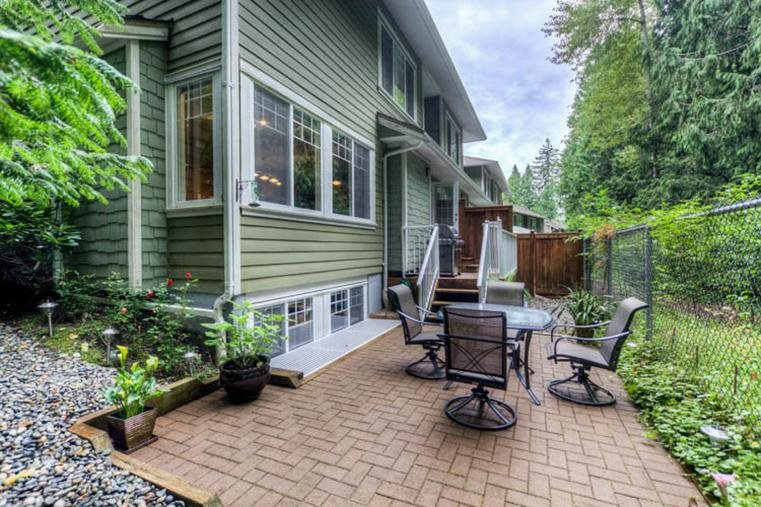 "Photo 14: 39 6110 138 Street in Surrey: Sullivan Station Townhouse for sale in ""Seneca Woods"" : MLS(r) # R2016937"