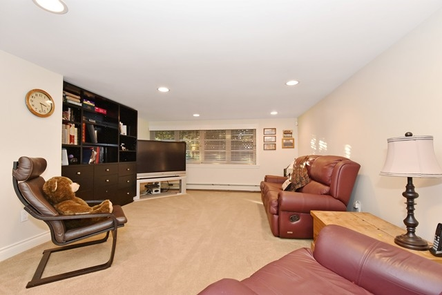 Photo 18: 2038 W 54TH Avenue in Vancouver: S.W. Marine House for sale (Vancouver West)  : MLS(r) # R2025856