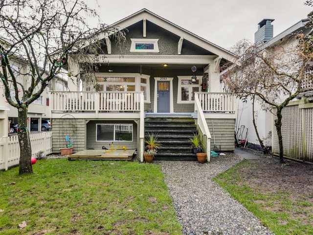 Main Photo: 2085 W 45TH Avenue in Vancouver: Kerrisdale House for sale (Vancouver West)  : MLS® # R2029525