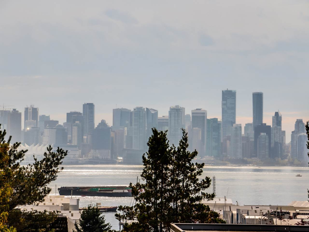 Main Photo: 303 325 W 3RD STREET in : Lower Lonsdale Condo for sale : MLS® # R2007213