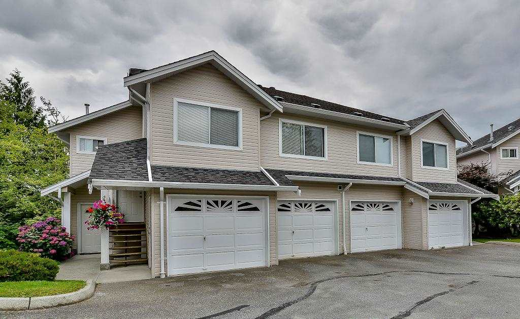 "Main Photo: 38 11588 232 Street in Maple Ridge: Cottonwood MR Townhouse for sale in ""COTTONWOOD VILLAGE"" : MLS(r) # R2083577"