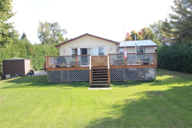 Main Photo: 61 Robinson Avenue in Kawartha Lakes: Rural Eldon House (Bungalow) for sale : MLS® # X3624976