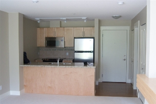 Main Photo: 503 1211 VILLAGE GREEN Way in Squamish: Downtown SQ Condo for sale : MLS®# R2119731