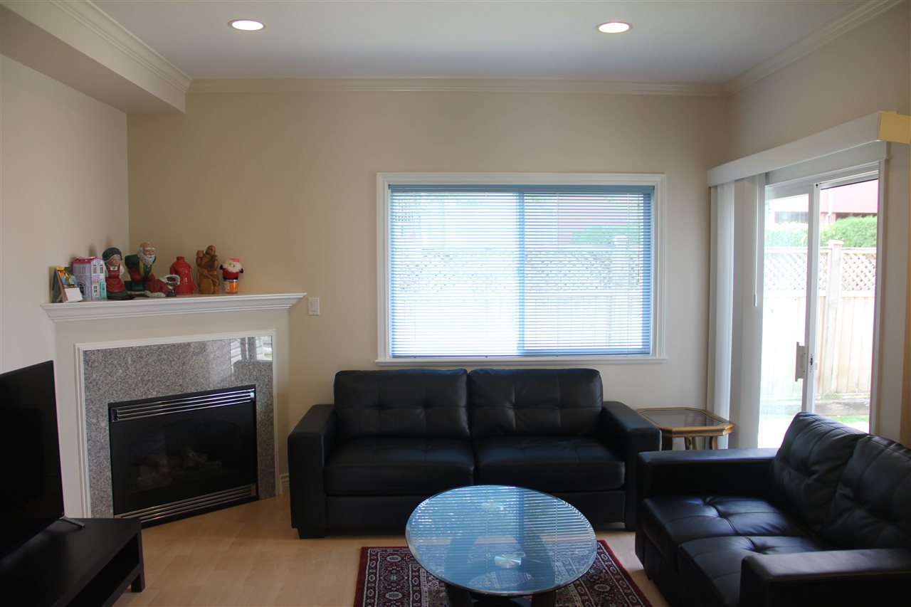 Photo 3: 1 7433 ST. ALBANS Road in Richmond: Brighouse South Townhouse for sale : MLS(r) # R2124946