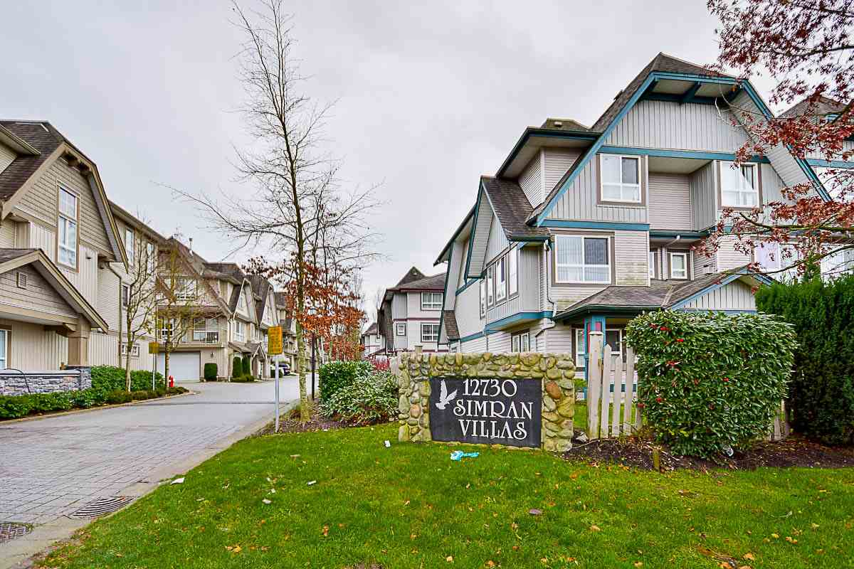 "Main Photo: 7 12730 66 Avenue in Surrey: West Newton Townhouse for sale in ""SIMRAN VILLAS"" : MLS® # R2125296"