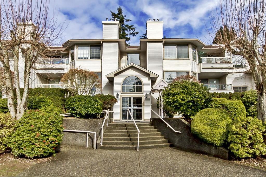 "Main Photo: 107 1955 SUFFOLK Avenue in Port Coquitlam: Glenwood PQ Condo for sale in ""OXFORD PLACE"" : MLS® # R2144804"