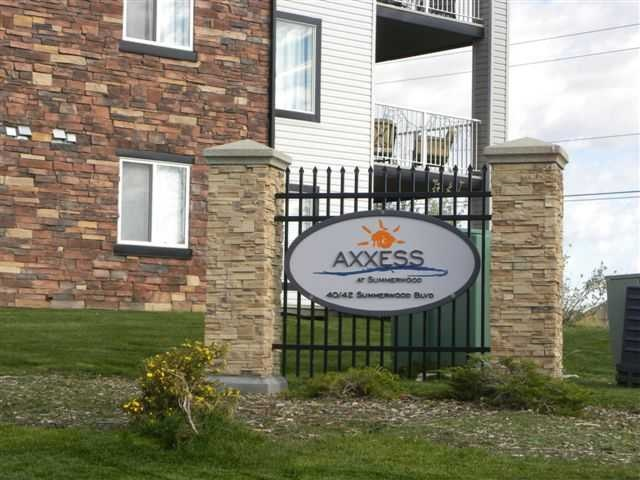 Main Photo: 307 40 SUMMERWOOD Boulevard: Sherwood Park Condo for sale : MLS(r) # E4057320