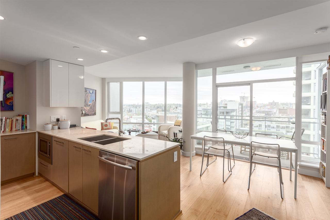 "Photo 3: 1626 1618 QUEBEC Street in Vancouver: Mount Pleasant VE Condo for sale in ""CENTRAL"" (Vancouver East)  : MLS® # R2157928"