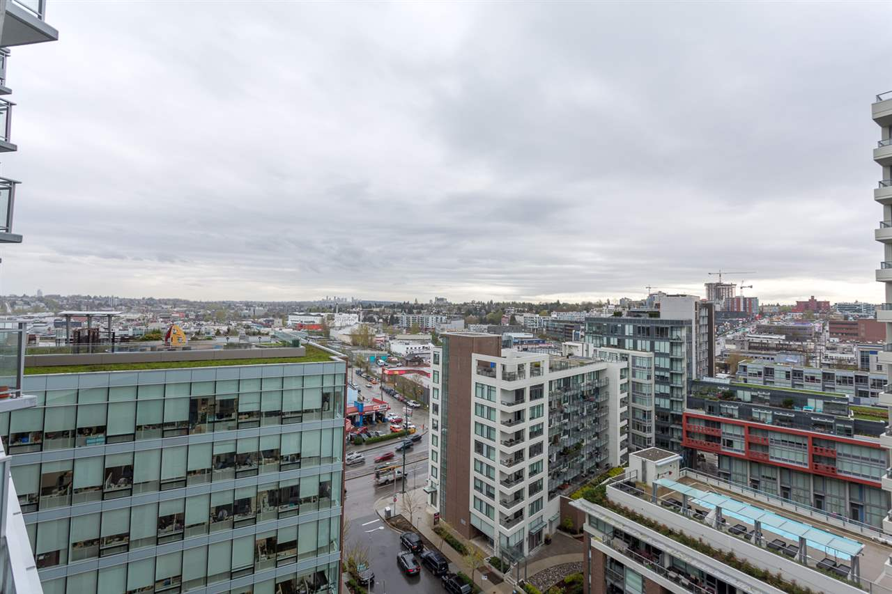 "Photo 13: 1626 1618 QUEBEC Street in Vancouver: Mount Pleasant VE Condo for sale in ""CENTRAL"" (Vancouver East)  : MLS® # R2157928"