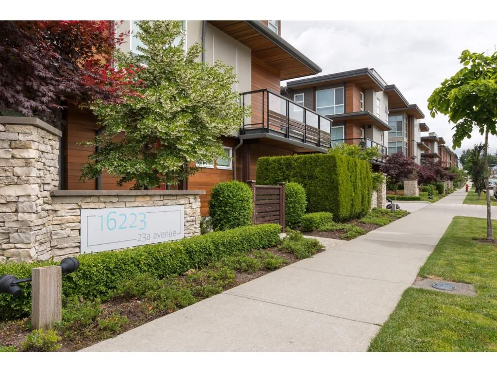 "Main Photo: 45 16223 23A Avenue in Surrey: Grandview Surrey Townhouse for sale in ""BREEZE"" (South Surrey White Rock)  : MLS(r) # R2178021"