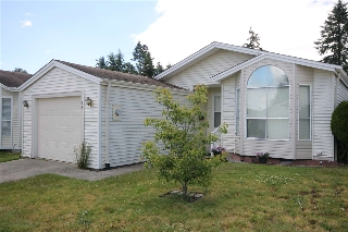 "Main Photo: 59 2345 CRANLEY Drive in Surrey: King George Corridor Manufactured Home for sale in ""La Mesa"" (South Surrey White Rock)  : MLS®# R2178006"
