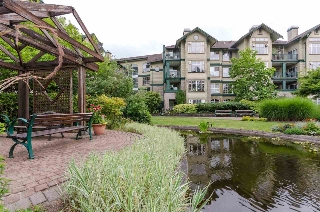 Main Photo: 206 83 STAR Crescent in New Westminster: Queensborough Condo for sale : MLS(r) # R2190210