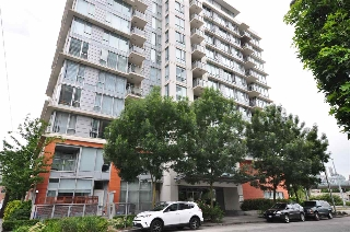 "Main Photo: 309 1833 CROWE Street in Vancouver: False Creek Condo for sale in ""FOUNDRY"" (Vancouver West)  : MLS(r) # R2191811"
