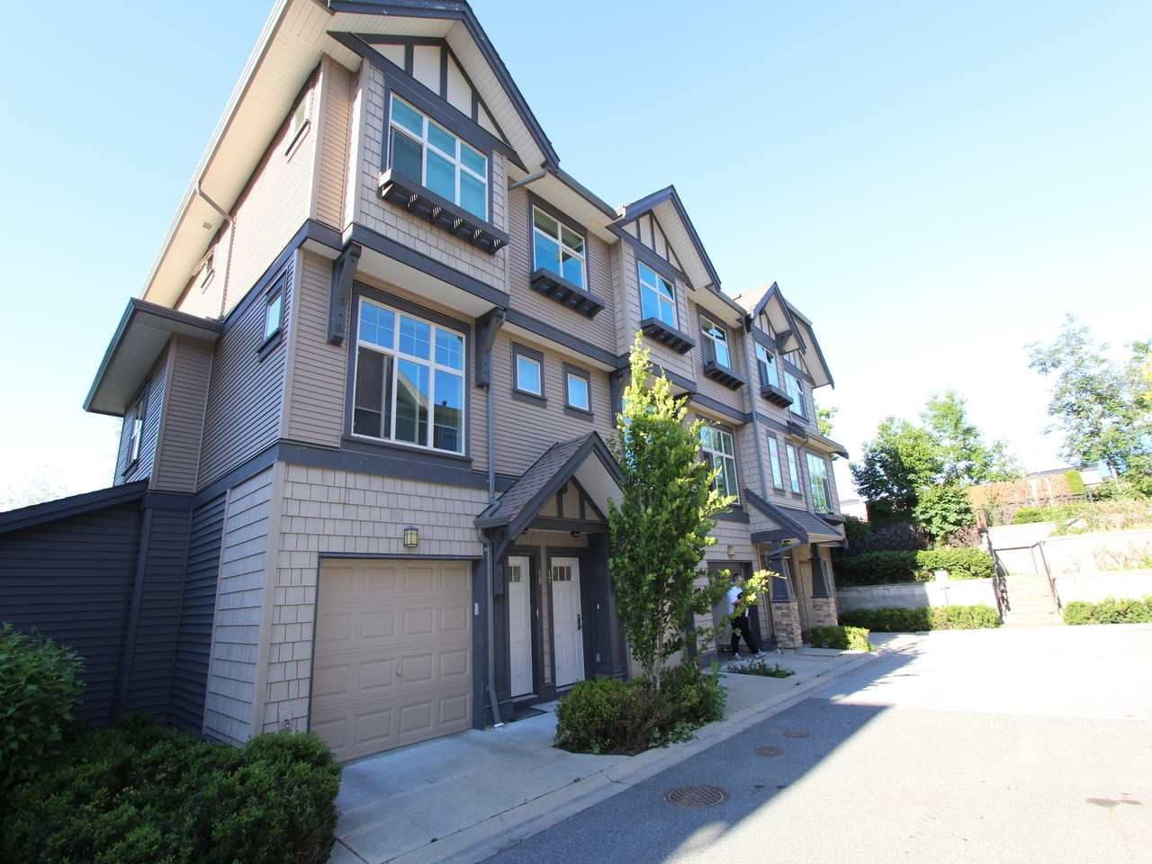 Main Photo: 17 31125 WESTRIDGE Place in Abbotsford: Abbotsford West Townhouse for sale : MLS® # R2194447