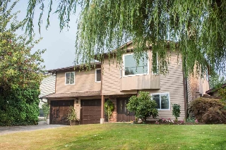 Main Photo: 9286 213 Street in Langley: Walnut Grove House for sale : MLS® # R2195905