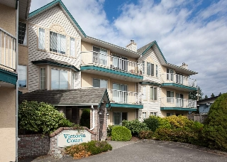 "Main Photo: 201 2567 VICTORIA Street in Abbotsford: Abbotsford West Condo for sale in ""Victoria Court"" : MLS® # R2197381"